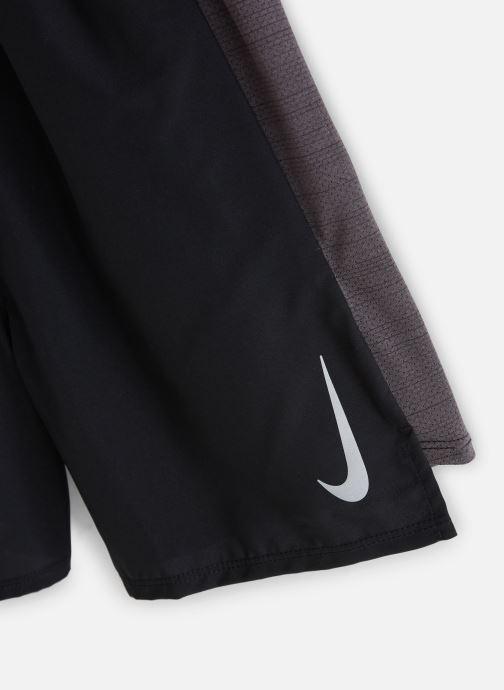 Vêtements Nike Nike Flex Short 6In Challenger Noir vue portées chaussures