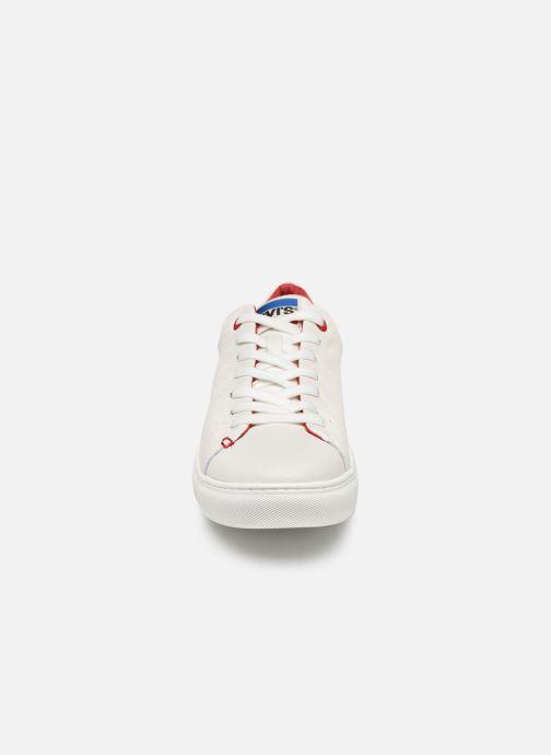 Sneaker Levi's Vernon Sportswear weiß schuhe getragen