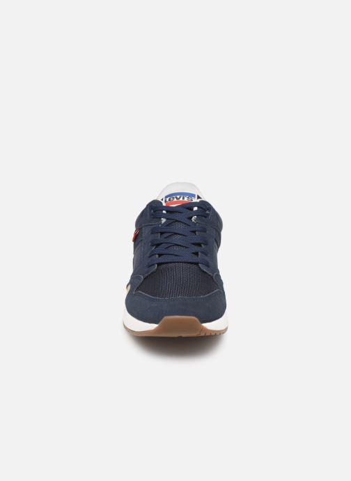 Baskets Levi's Sutter Bleu vue portées chaussures