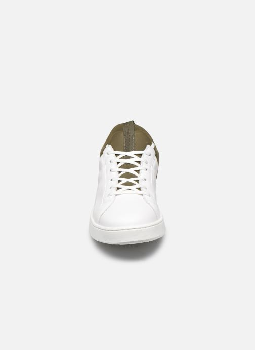 Sneaker Levi's Mullet weiß schuhe getragen