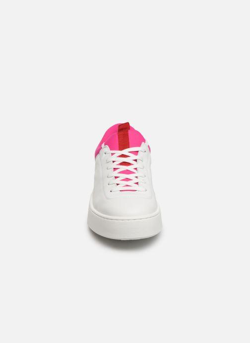 Sneaker Levi's Mullet S weiß schuhe getragen