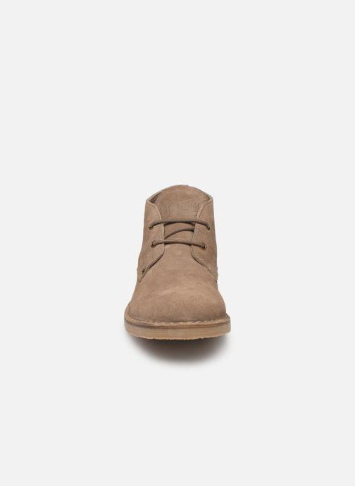 Bottines et boots Levi's Track Mid Beige vue portées chaussures