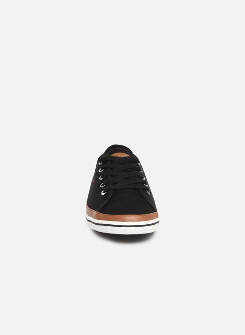 Baskets Tommy Hilfiger ICONIC KESHA SNEAKER Noir vue portées chaussures