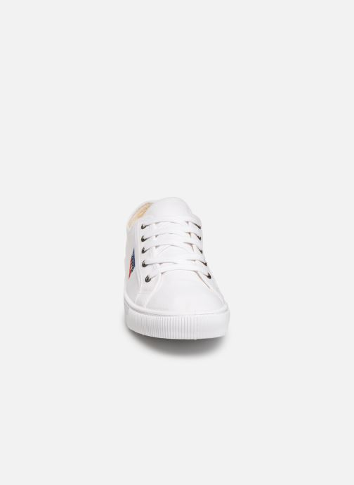 Deportivas Levi's Malibu Sportswear Blanco vista del modelo