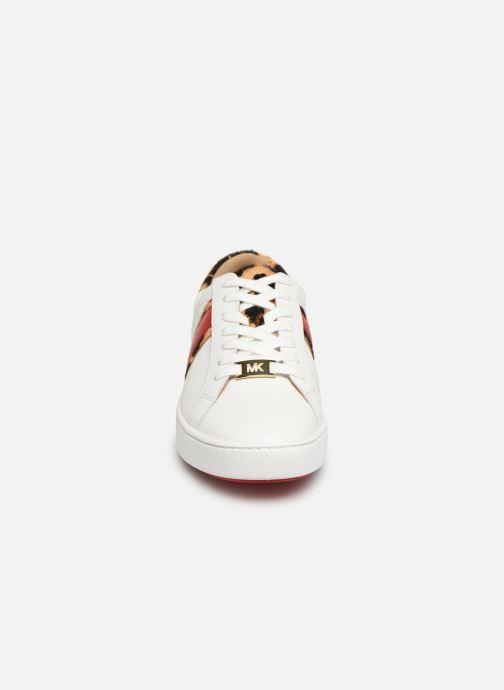 Baskets Michael Michael Kors Irving Stripe Lace Up Blanc vue portées chaussures