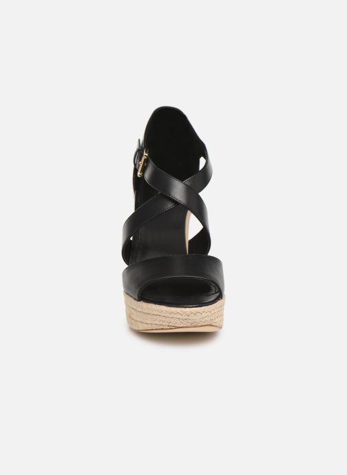 Scarpe di corda Michael Michael Kors Abbott Wedge Nero modello indossato