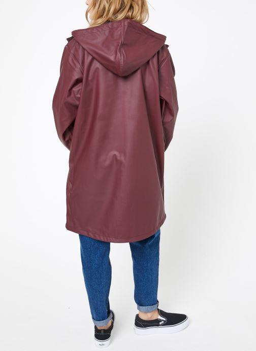 Vêtements Tretorn WINGS PLUS RAIN JACKET W Bordeaux vue portées chaussures