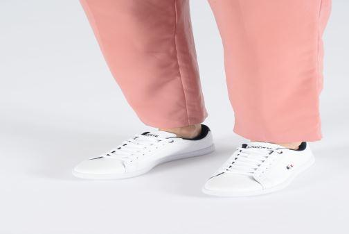 Sneaker Lacoste Carnaby Evo 119 7 Sfa weiß ansicht von unten / tasche getragen