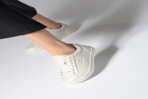 Sneaker Lacoste Straightset 119 1 Cfa rosa ansicht von unten / tasche getragen