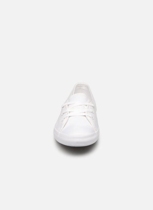 Baskets Lacoste Ziane Chunky 119 2 Cfa Blanc vue portées chaussures