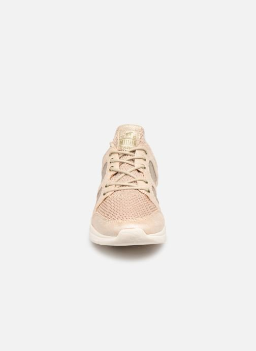 Baskets Mustang shoes Kyana Beige vue portées chaussures