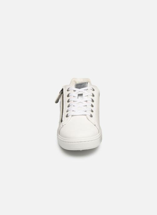 Baskets Mustang shoes Kecy Blanc vue portées chaussures