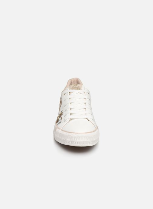 Baskets Mustang shoes Hosna Blanc vue portées chaussures