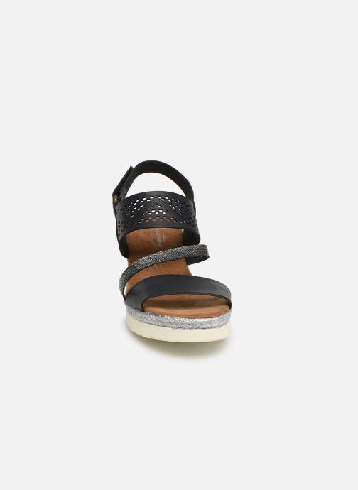 Sandales et nu-pieds Mustang shoes Kalya Noir vue portées chaussures