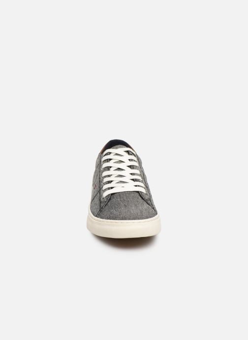 Trainers Tommy Hilfiger SEASONAL TEXTILE SNEAKER Grey model view