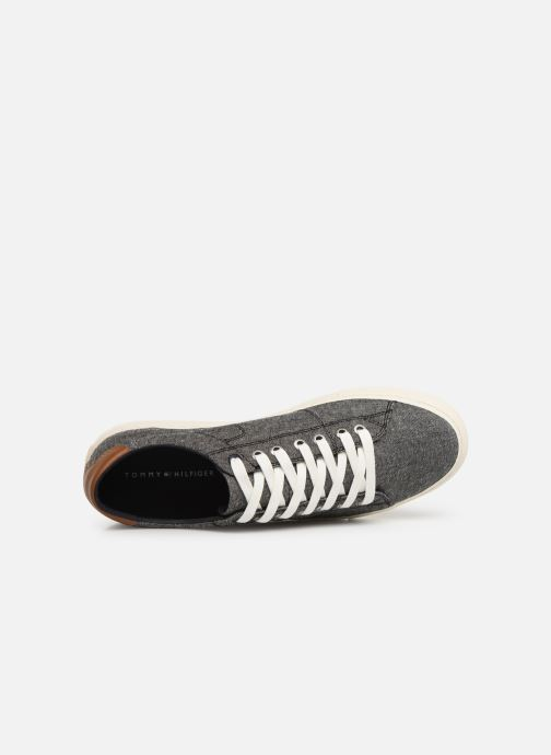 Trainers Tommy Hilfiger SEASONAL TEXTILE SNEAKER Grey view from the left
