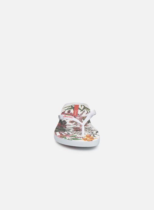 Tongs Ipanema Botanicals Blanc vue portées chaussures
