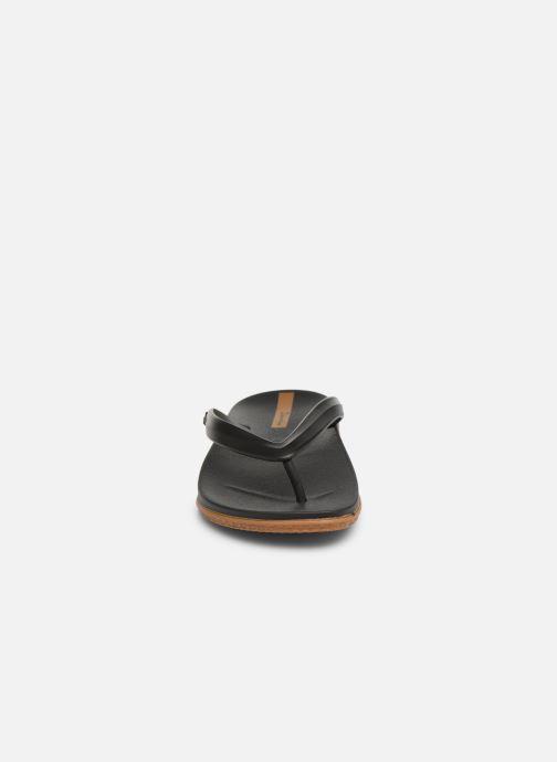Tongs Ipanema Anatomic Lapa Noir vue portées chaussures