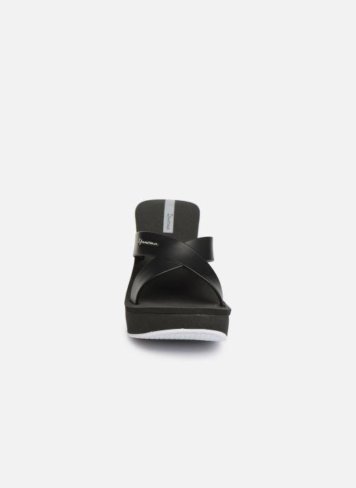 Mules et sabots Ipanema Lipstick Straps V Noir vue portées chaussures