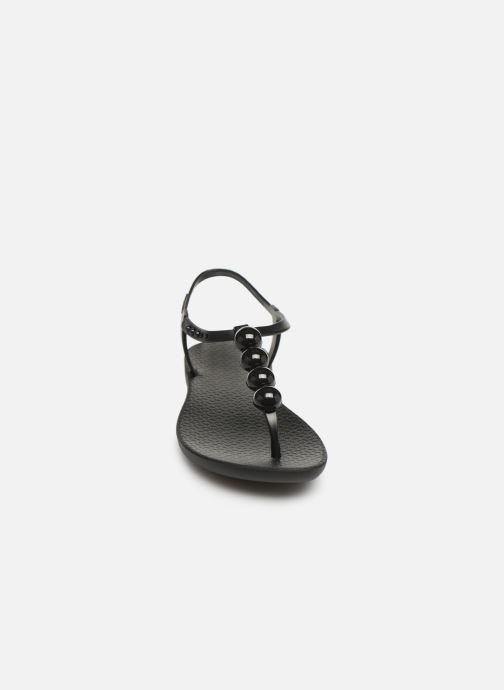Sandali e scarpe aperte Ipanema Charm VI Sandal Nero modello indossato