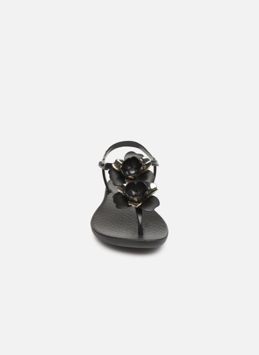 Sandalen Ipanema Floral Sandal schwarz schuhe getragen