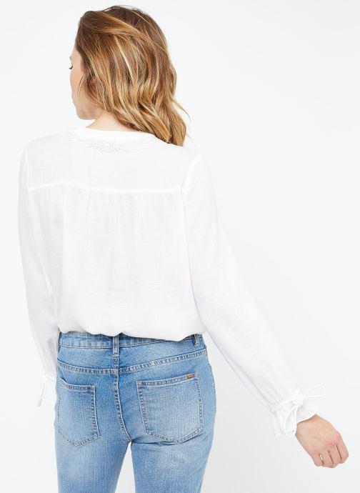 Vêtements Suncoo BLOUSE LIAN Blanc vue portées chaussures