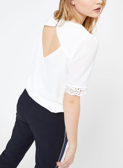 Vêtements Suncoo BLOUSE LOIS Blanc vue portées chaussures