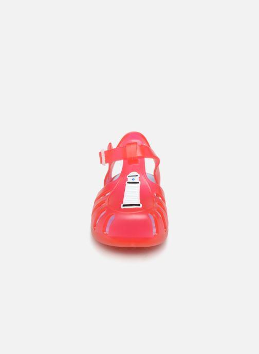 Sandali e scarpe aperte Gioseppo DRESDEN Rosso modello indossato