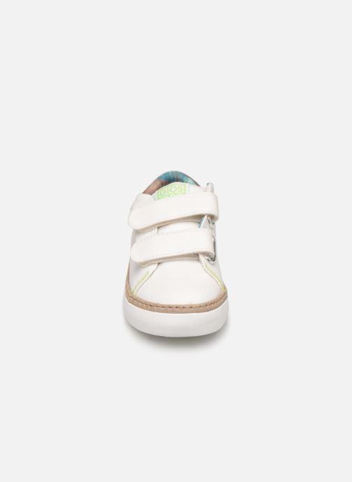Sneakers Gioseppo 44048 Bianco modello indossato