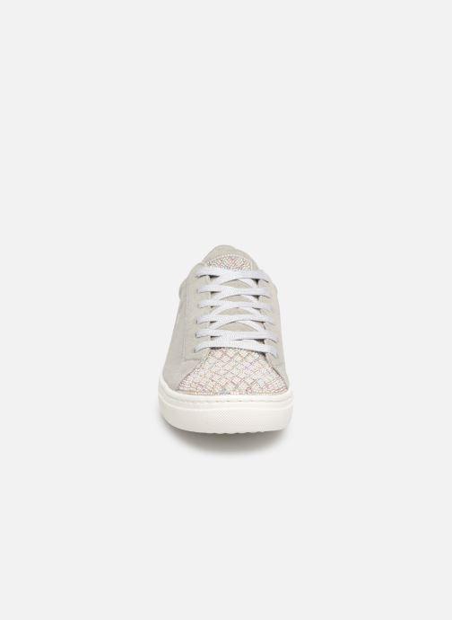 Sneaker Skechers Goldie grau schuhe getragen
