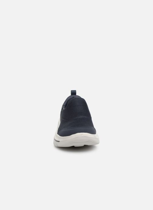 Sneakers Skechers Go Walk Evolution Ultra Rapids Blå bild av skorna på