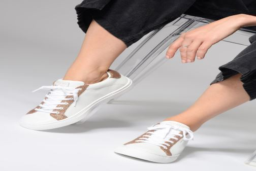 Trainers Skechers Side Street Glitz Kickz White view from underneath / model view