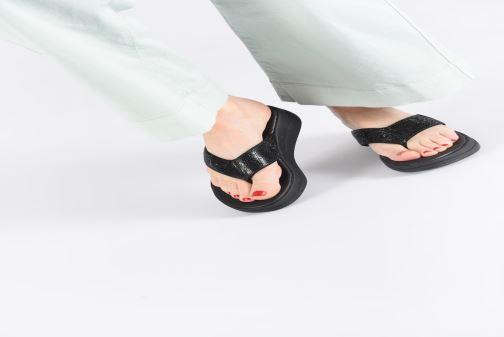 Clogs & Pantoletten Skechers Upgrades rosa ansicht von unten / tasche getragen