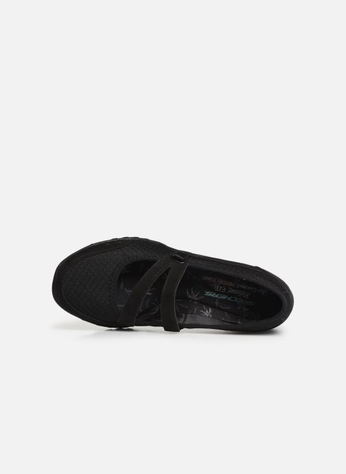 Ballet pumps Skechers Breath Easy Black view from the left