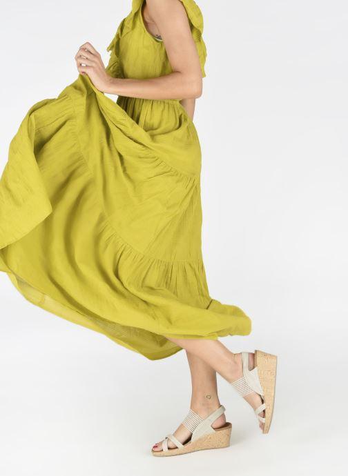 Sandales et nu-pieds Skechers Beverlee High Tea Blanc vue bas / vue portée sac
