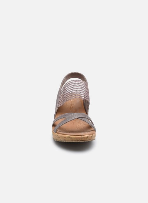 Sandali e scarpe aperte Skechers Beverlee High Tea Argento modello indossato