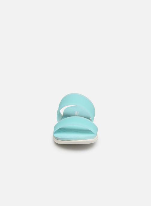 Mules et sabots Skechers Nextwave Ultra Sun-Kissed Bleu vue portées chaussures