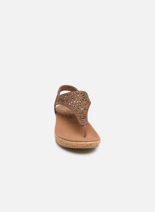 Sandales et nu-pieds Skechers Brie Marron vue portées chaussures