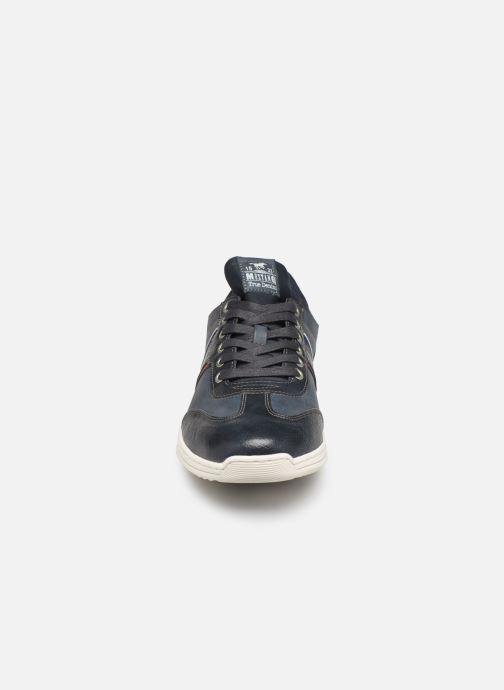 Trainers Mustang shoes Agit Blue model view