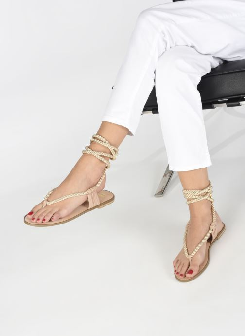 Sandals E8 by Miista ISIDORA Bronze and Gold view from underneath / model view