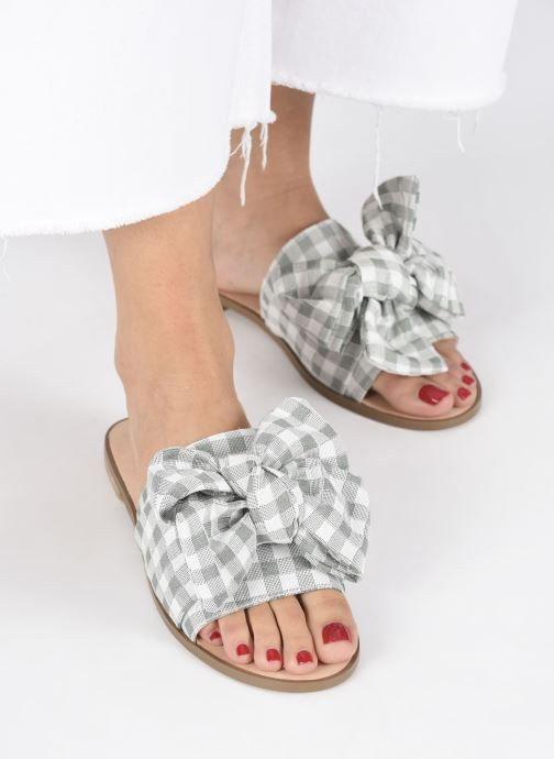 Mules & clogs E8 by Miista PEGGY Green view from underneath / model view