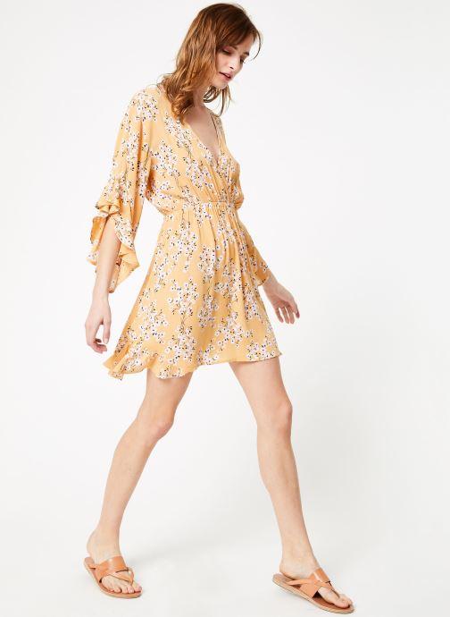Vêtements Billabong love light dress Jaune vue bas / vue portée sac