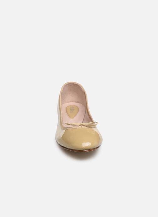 Ballet pumps Bloch Soft patent ballerina Beige model view