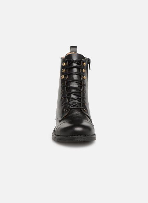 Boots en enkellaarsjes Yep Nicole Zwart model