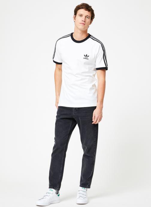 Vêtements adidas originals 3-Stripes Tee Blanc vue bas / vue portée sac