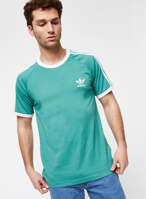 Vêtements adidas originals 3-Stripes Tee Vert vue détail/paire