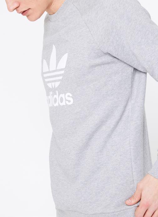 Vêtements adidas originals Trefoil Crew Gris vue détail/paire