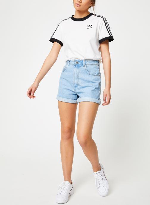 Vêtements adidas originals 3 Stripes Tee Blanc vue bas / vue portée sac