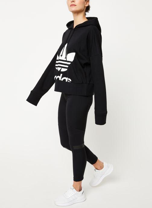 Vêtements adidas originals Cropped Hoodie Noir vue bas / vue portée sac