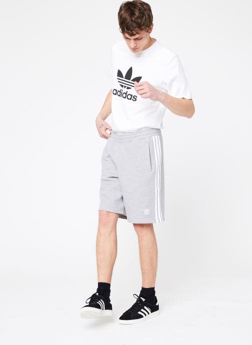 Tøj adidas originals 3-Stripe Short Grå se forneden